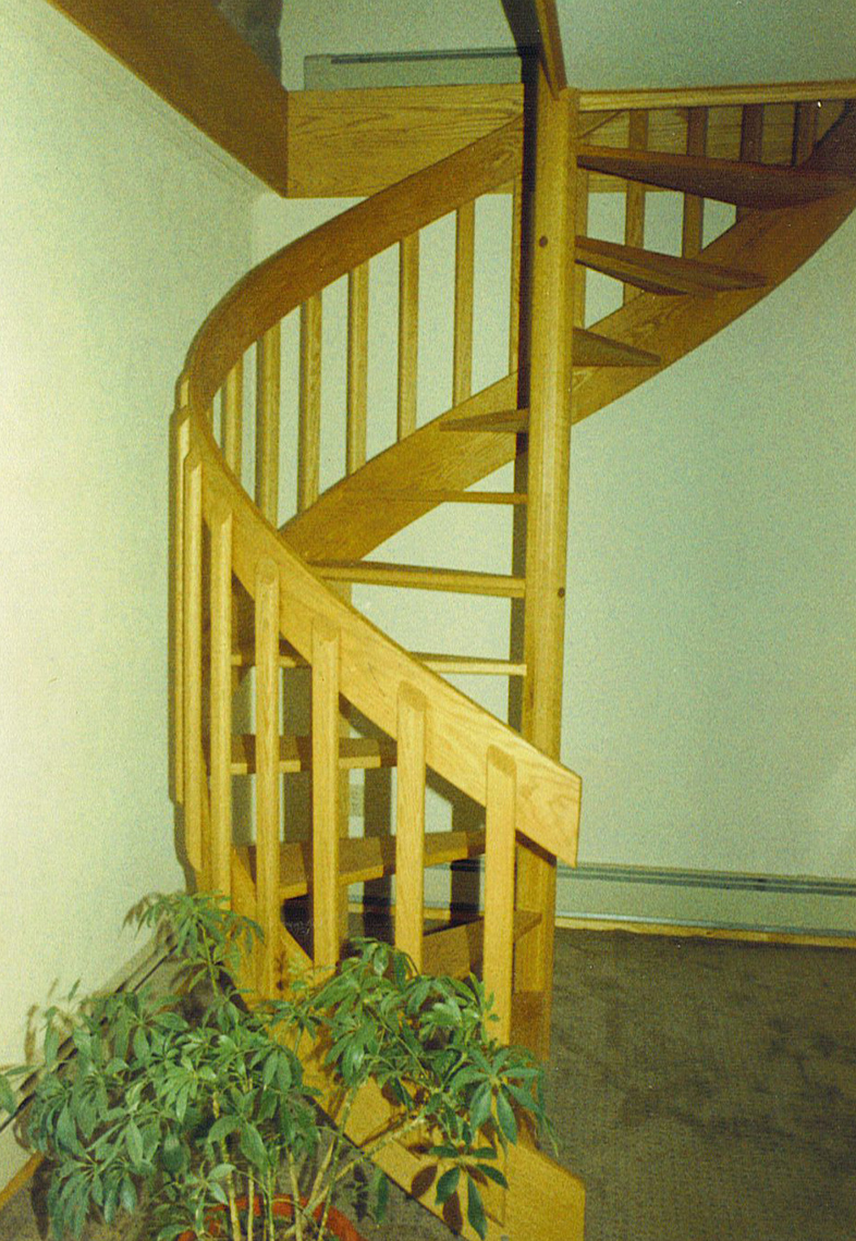 5 country custom wood spiral staircase 4