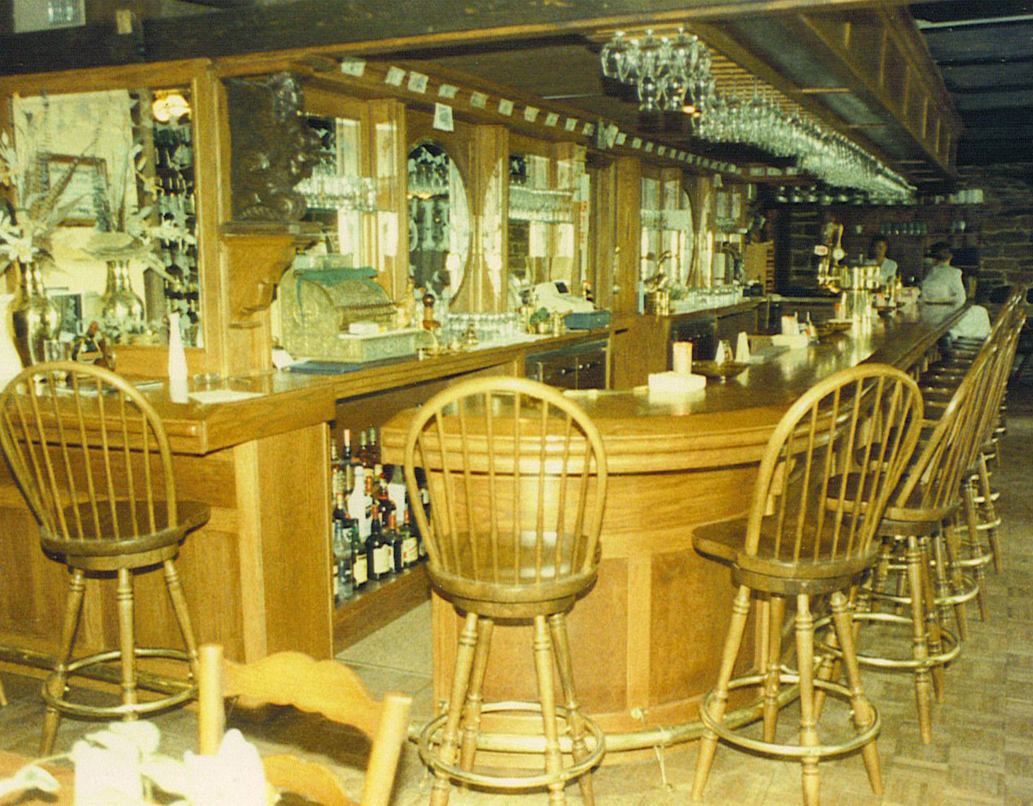 custom cabinets nj-Commercial Restaurant Bar Traditional Oak Bar