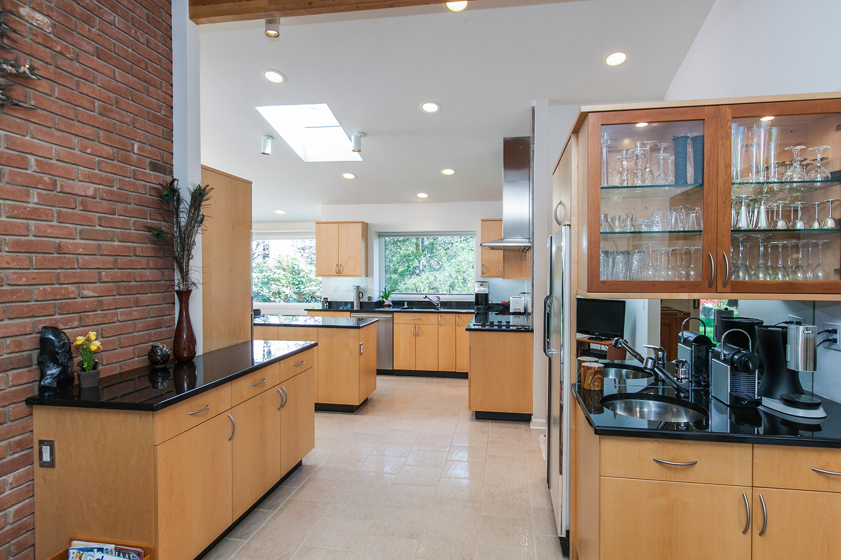 Custom contemporary Kitchen, Contemporary-Vertical-Grain-Maple-Custom-Cabinets-3