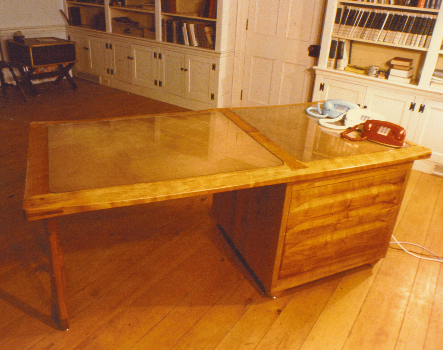 Custom desk Furniture-Cherry-Frame--Birch-Panel-with-Leather-top-under-Glass-2